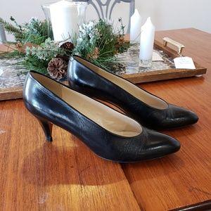 Evan Picone Black Leather Heels
